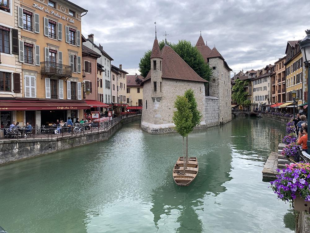 Annecy, Canal - Blog Annecy, Restos & Cie
