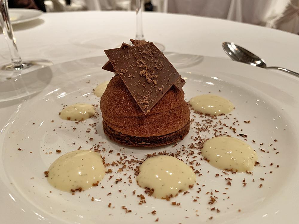 Dessert au chocolat, Restaurant gastronomique Abbaye de Talloires - Blog Annecy, Restos & cie